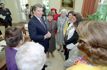 NFRW Capitol Regents with President Ronald Reagan in the Oval Office